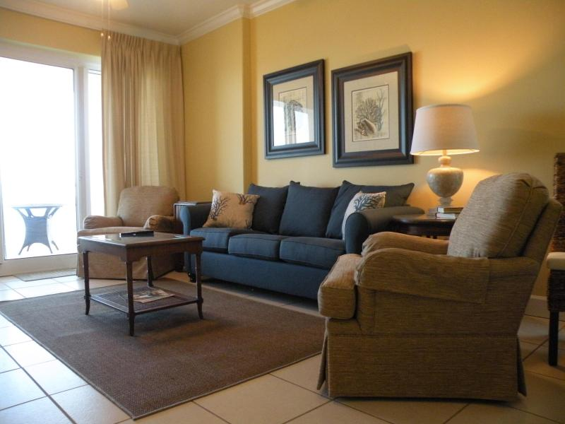 Comfortable Living Room - Beautiful Ocean Front Condo! Wifi, Indoor Pool - Gulf Shores - rentals