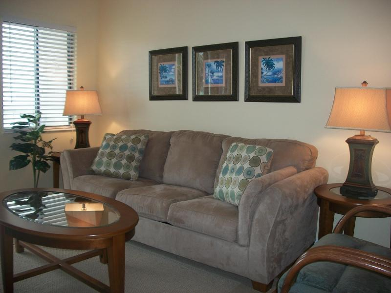 Comfortable Living Room - Low Spring Rates At A Great Resort! Pools, Hot Tub - Gulf Shores - rentals