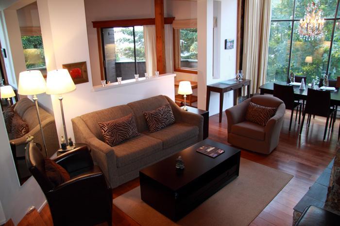 whistler village - living area - 2 bedroom + 2 bath deluxe condo - Whistler Village - Whistler - rentals