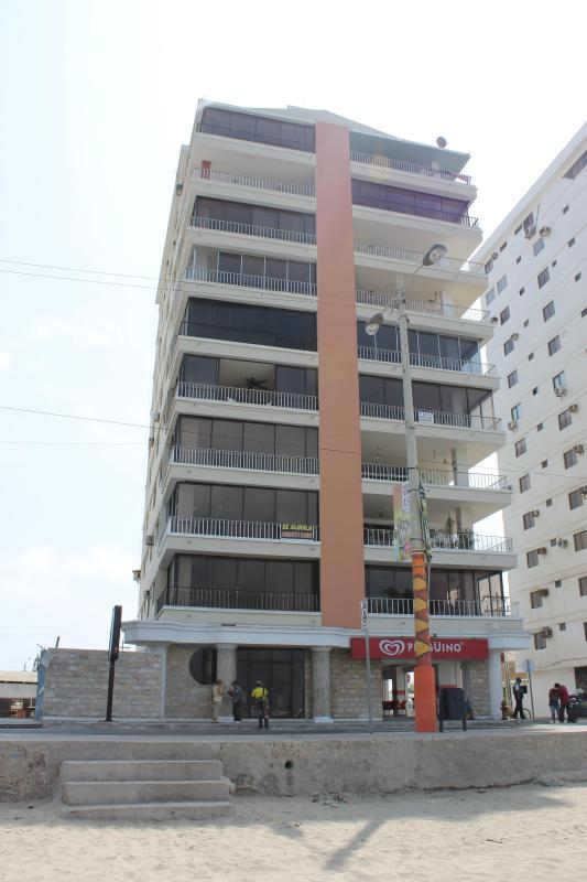Edificio Costa Azul - 4 Bedroom Condo on Salinas Beach - Salinas - rentals