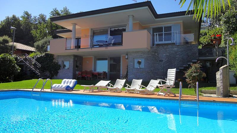 Luxury vacation villa Seta for rent in Meina Arona Lake Maggiore Italy - NORTHITALY VILLAS - Exquisite villa with pool and fabulous views! - Meina - rentals