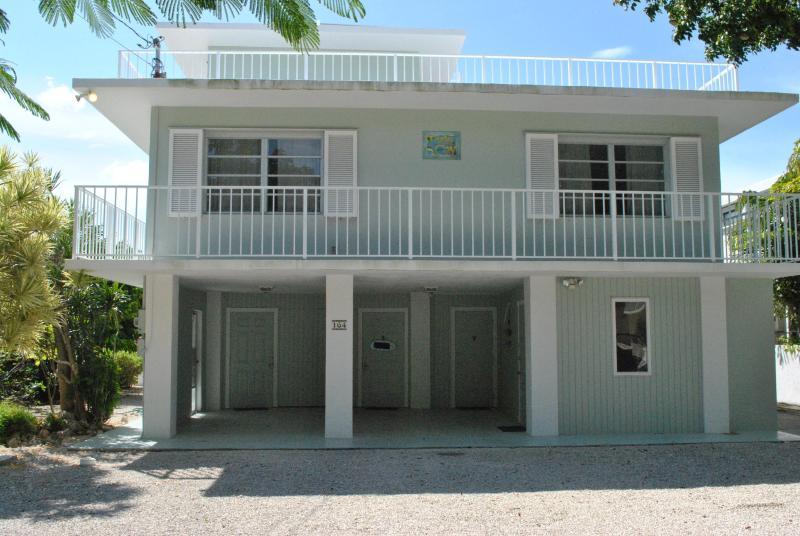 164 Plantation Shores Drive - 28 NIGHT MINIMUM - Image 1 - Islamorada - rentals