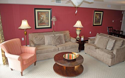 Spacious living area - Great 2BR family condo @ Yacht Club in NMB! 2-202 - North Myrtle Beach - rentals