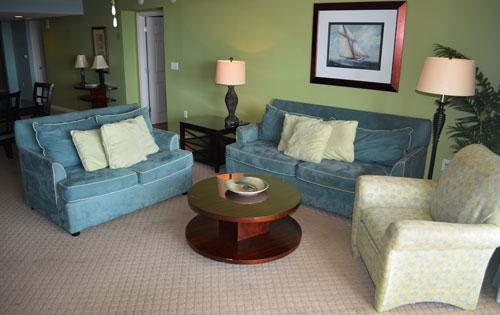 Beautifully decorated living room - Fantastic 4BR Yacht Club condo, family fun, 3-604 - North Myrtle Beach - rentals