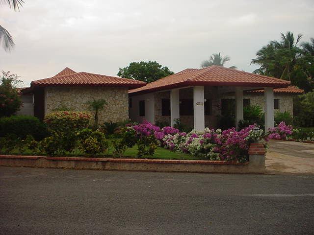 Casa De Campo  Los Lagos 5 a 5 BR Luxury Villa - Image 1 - La Romana - rentals