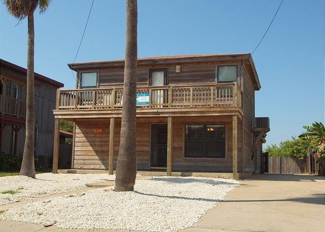 Welcome to Tim's Beach House - Fabulous 3 bedroom 2 bath home in the heart of Port Aransas! - Port Aransas - rentals