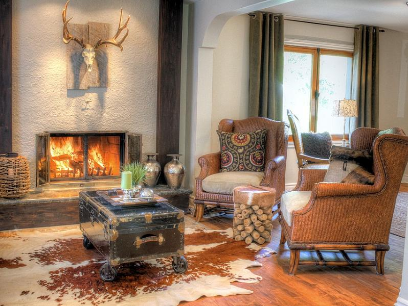 Cozy fireplace in Living Room - CHIC-HOUSE NEAR EVERYTHING - Quebec - rentals