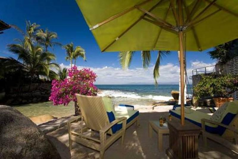 PVR - HEART4  Open air architecture accented by natural wood & flowering patios - Image 1 - Puerto Vallarta - rentals