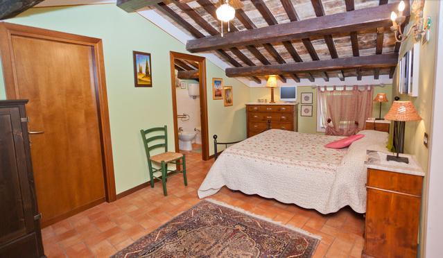 main bedroom - Spello - Heart of the medieval city center - Spello - rentals