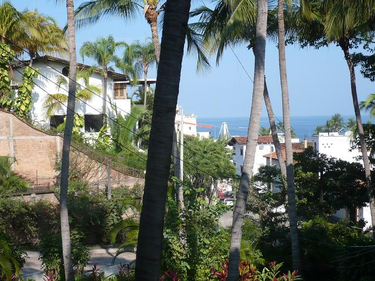 quick  stroll from condo to beach - Vallarta Bayview Condo - Puerto Vallarta - rentals