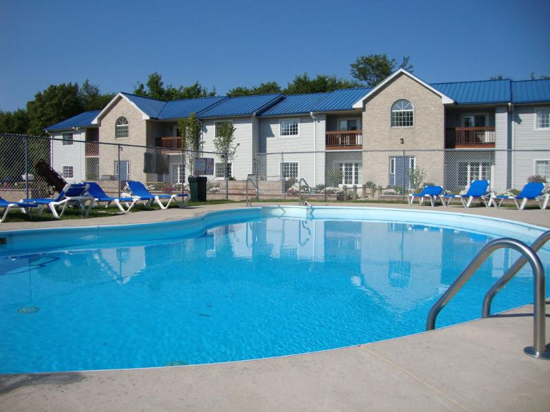 Waterfront Condo on Put-in-Bay Unit 3 - Image 1 - Put in Bay - rentals