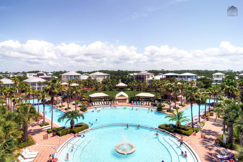 The Seacrest Lagoon Pool is 12000 sq. feet of fountains, waterfalls, and cabanas - Modern, spacious condo overlooking Lagoon pool with large balcony, just a short walk to the beach - Villa at Seacrest - Seacrest Beach - rentals