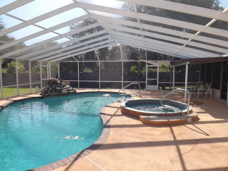 pool and jacuzzi - vacation house for rent - Inverness - rentals
