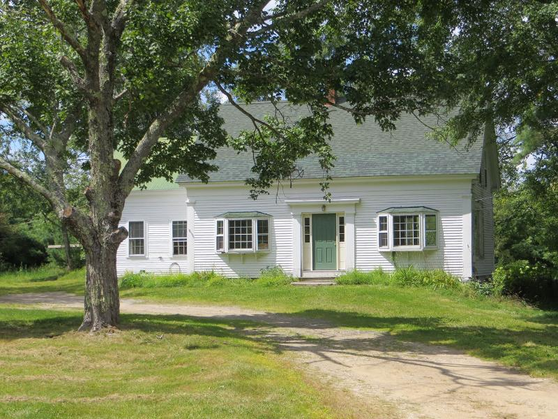 Front of home - Idyllic New England Farm Home Retreat - Lebanon - rentals