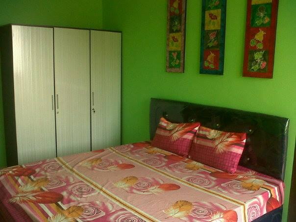 Master bedroom KINGSIZE BED + ENSUITE - BIG APPARTMENT with 3 BEDROOMS close to 3 MALLS - Jakarta - rentals