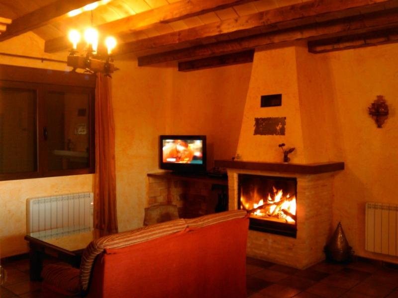Livingroom - Pilarica Rural Cottage in Via Verde Alcaraz-Spain - Robledo - rentals