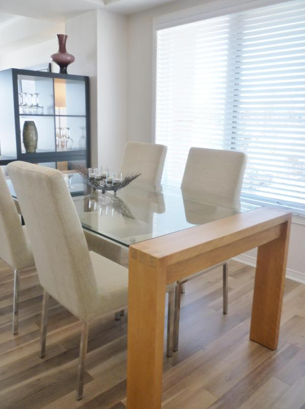 Dining Room - Ottawa East - 2 Bedrms, minutes to downtown (Slate) - Ottawa - rentals