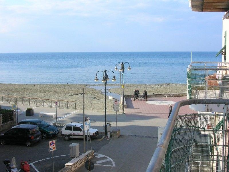 1bedroom Apartment 20 mt. from the beach with sea view - Image 1 - Levanto - rentals