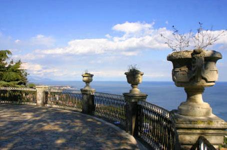 Public Park - 2 min by walk - XIPHONIE - 2 bedrooms apt - Italy – Sicily - Acireale - rentals