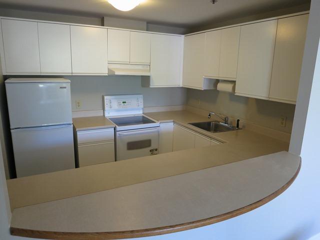 Kitchen - Courtyard Views, Lower Water - Halifax - rentals
