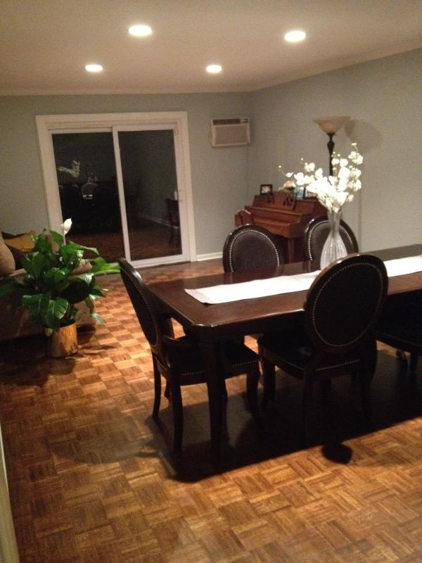LR/DR - Spacious, Renovated House near Metlife Stadium - Passaic - rentals