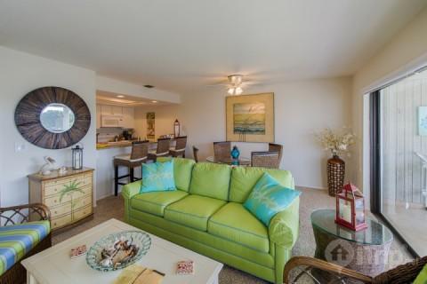 Beautifully Professionally Decorated - Mariner's Pointe - Beautiful 2 Bedroom Condo - Sanibel Island - rentals