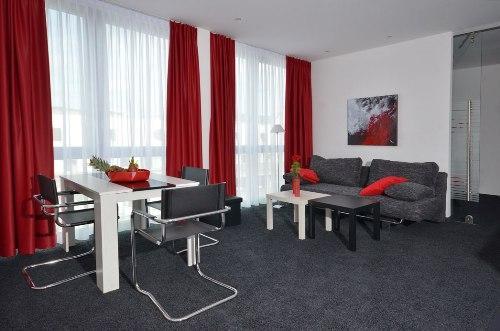 Vacation Apartment in Aalen - 452 sqft, central, modern, clean (# 4459) #4459 - Vacation Apartment in Aalen - 452 sqft, central, modern, clean (# 4459) - Aalen - rentals