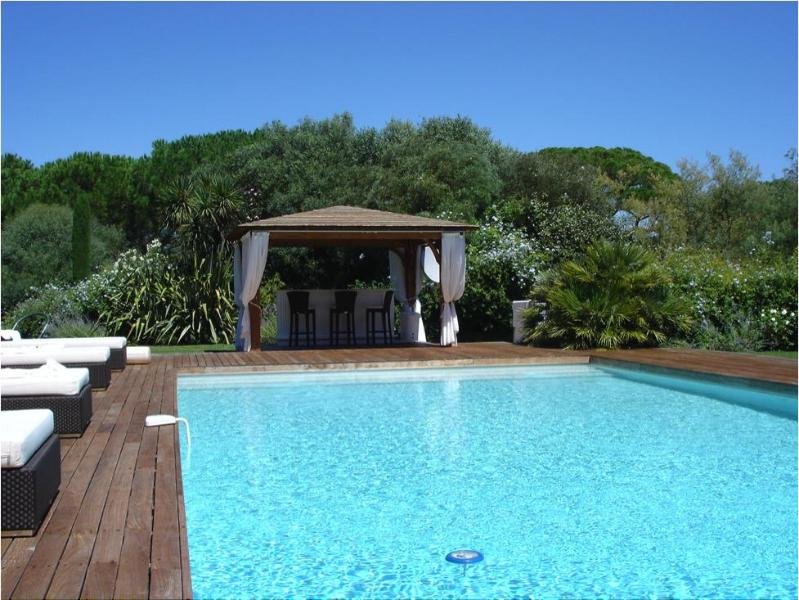 Private 6 Bedroom Villa with a Hot Tub and Pool, St. Tropez Ramatuelle - Image 1 - Ramatuelle - rentals
