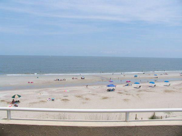 Paradise on Tybee unit 310 - prices listed may not be accurate - Image 1 - Tybee Island - rentals