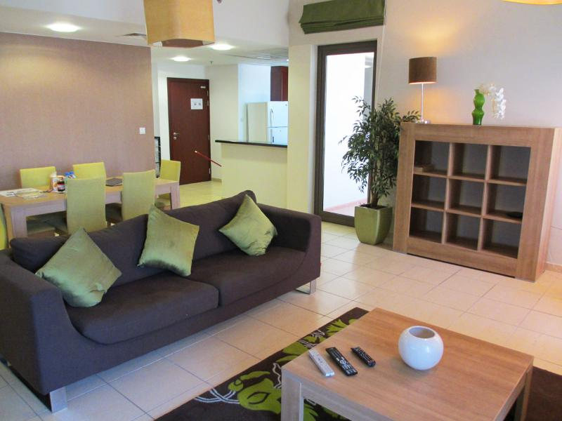 Living Room - Luxury JBR 1200 Sqft Apartment S306 - Dubai - rentals
