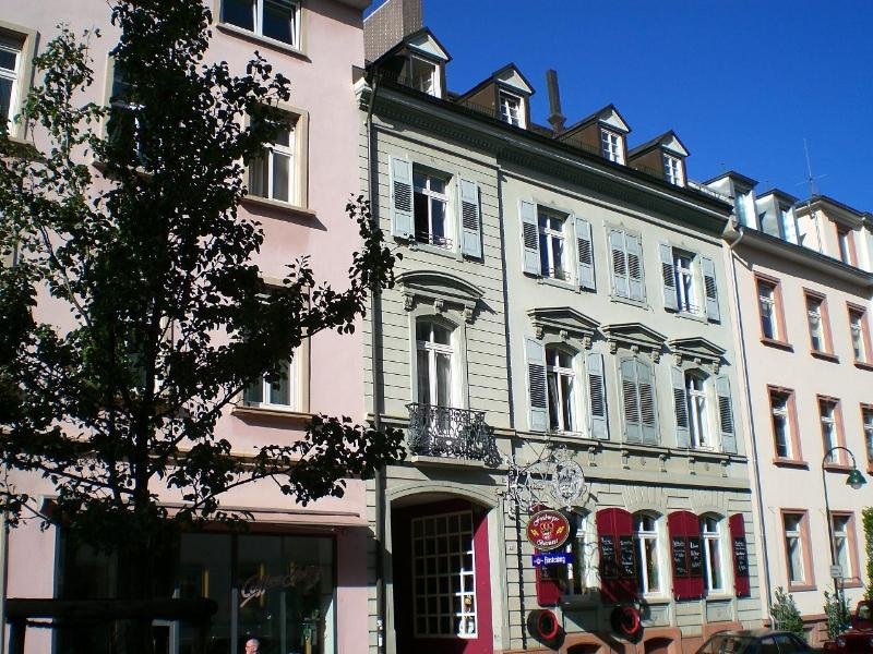 outside view - Lovely 2-room-downtown apartment - Freiburg im Breisgau - rentals
