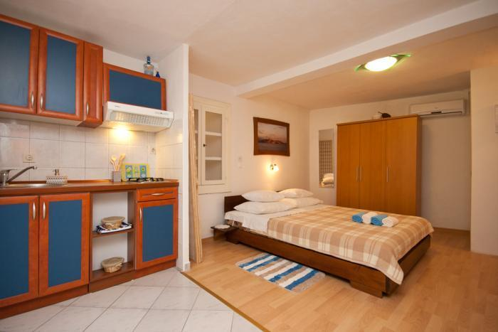 All in one - Studio apartment for two in Baska - Baska - rentals