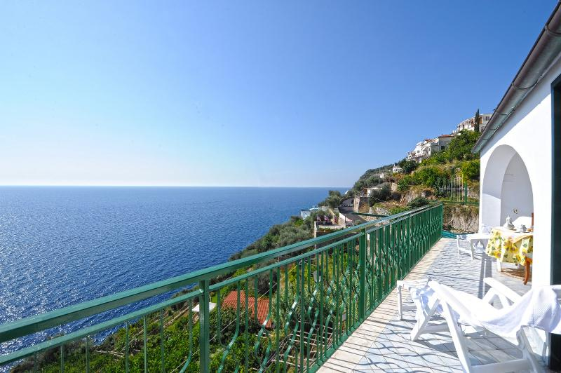 Alba di Praiano perfect location by the beach - Image 1 - Praiano - rentals