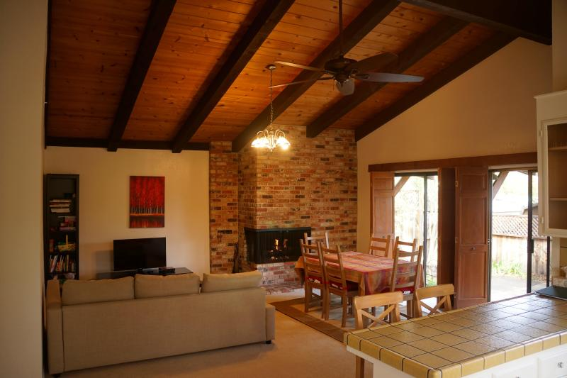 Family room and adjacent kitchen make a huge open space. Sofa is a pull-out bed. - Wine Country Retreat *Kid Friendly*! Spacious! - Sonoma - rentals