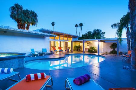 Palm Springs Beauty with Modern Amenities, Pool and Spa - Collins Hideaway - Image 1 - Palm Springs - rentals