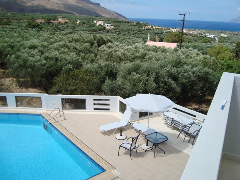Big luxury apartment with sea view in a quiet small hotel with swimming pool - Image 1 - Kissamos - rentals