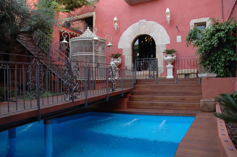 Charming House B&B - Casa D'Ivori, Charming B&B in Mediterranean - Creixell - rentals