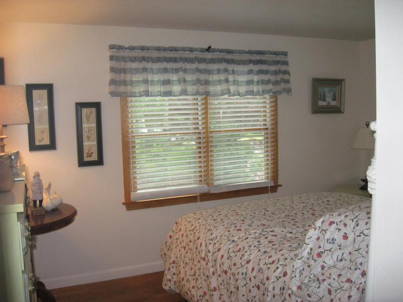 3BR 12 Zephyr Rd, Yarmouthport, MA - Image 1 - Yarmouth Port - rentals