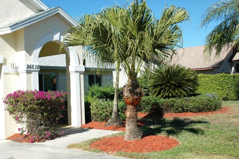 MICHAEL HOME:  3 Bedroom, 2 Bathroom, Pool Home  in Bonita Springs, FL - Image 1 - Bonita Springs - rentals