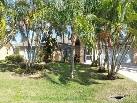 Front-View Home - SILVIA HOME:  3 Bedroom Pool Home in Bonita Springs, FL - Bonita Springs - rentals