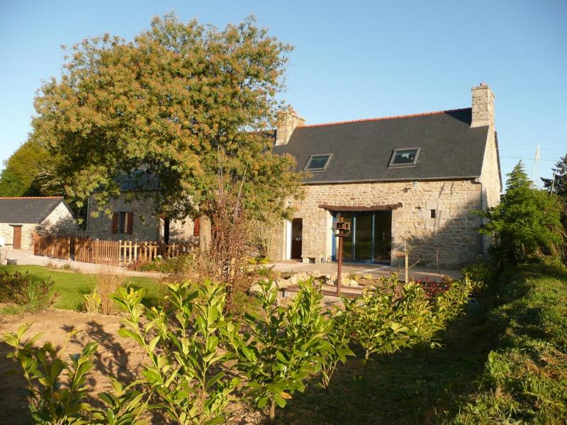 """Welcome at my """"father's barn"""" - Image 1 - Saint-Laurent-Bretagne - rentals"""