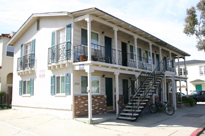 Adorable Newly Renovated Studio Steps to Ocean - Image 1 - Pacific Beach - rentals