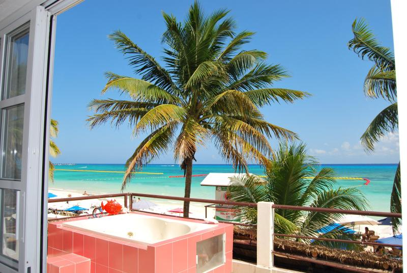 Jacuzzi - SKYLINE Suite on the Beach - Playa del Carmen - rentals