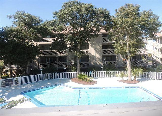 Affordable 2 Bedroom Rental with Pool, at Shipwatch Pointe II in Myrtle Beach, SC - Image 1 - Myrtle Beach - rentals