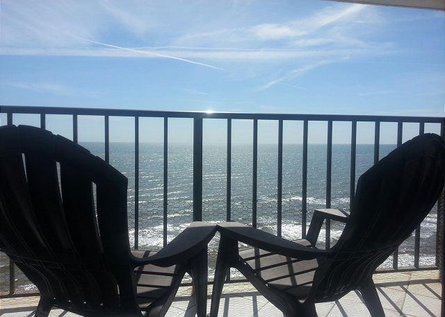 By the Sea #1207- 1/1- BEACHFRONT- Pet Friendly - Image 1 - Galveston - rentals