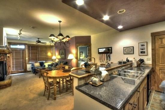 Spacious Living Area With Sleeper Sofa, Large Flat Screen TV and Gas Fireplace - Timberline Lodge 2102 - Steamboat Springs - rentals