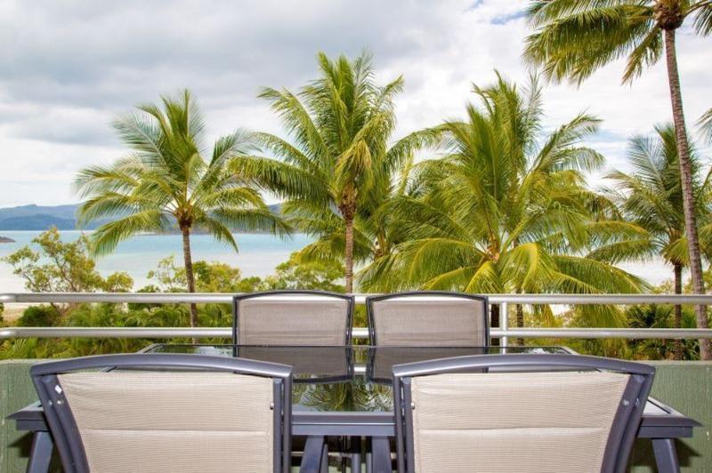 Balcony - Hibiscus 207 - Hamilton Island - rentals