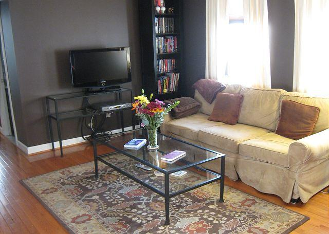 Living room - Renovated Condo in the Heart of DuPont Circle- 2 blks to Metro - Washington DC - rentals