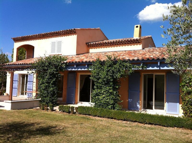 Exterior view of villa from garden - Villa Regina, four bedroom villa, St Cezaire - Saint-Cezaire-sur-Siagne - rentals