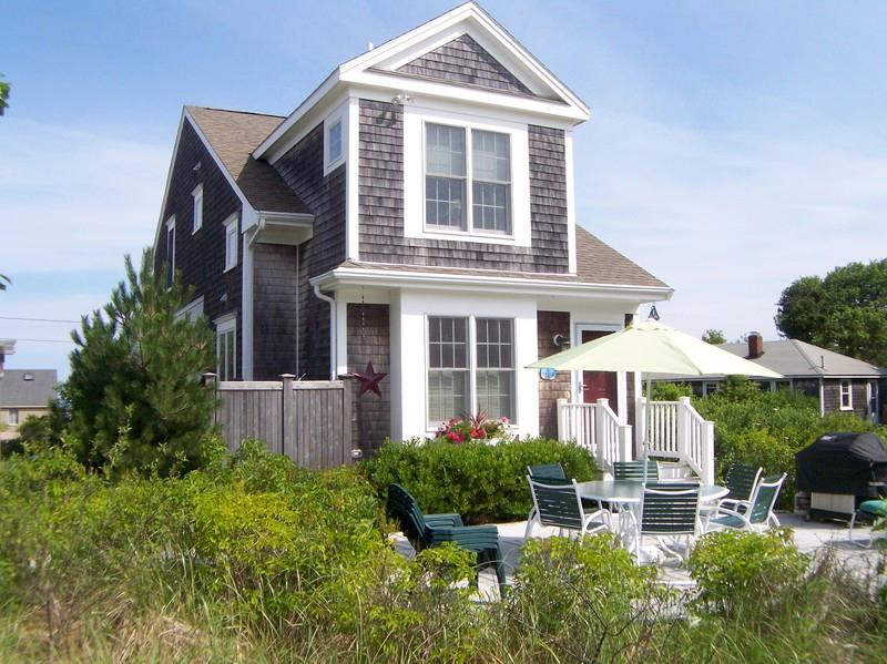 069-B - Upscale home, 200 feet from private beach--069-B - Brewster - rentals